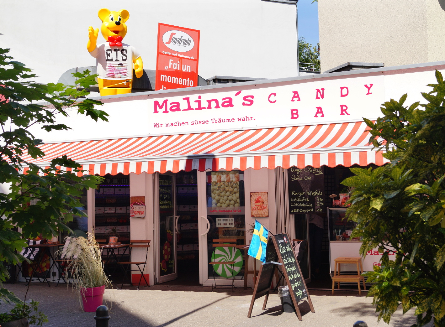 Eis essen in Nippes: Malina's Candybar